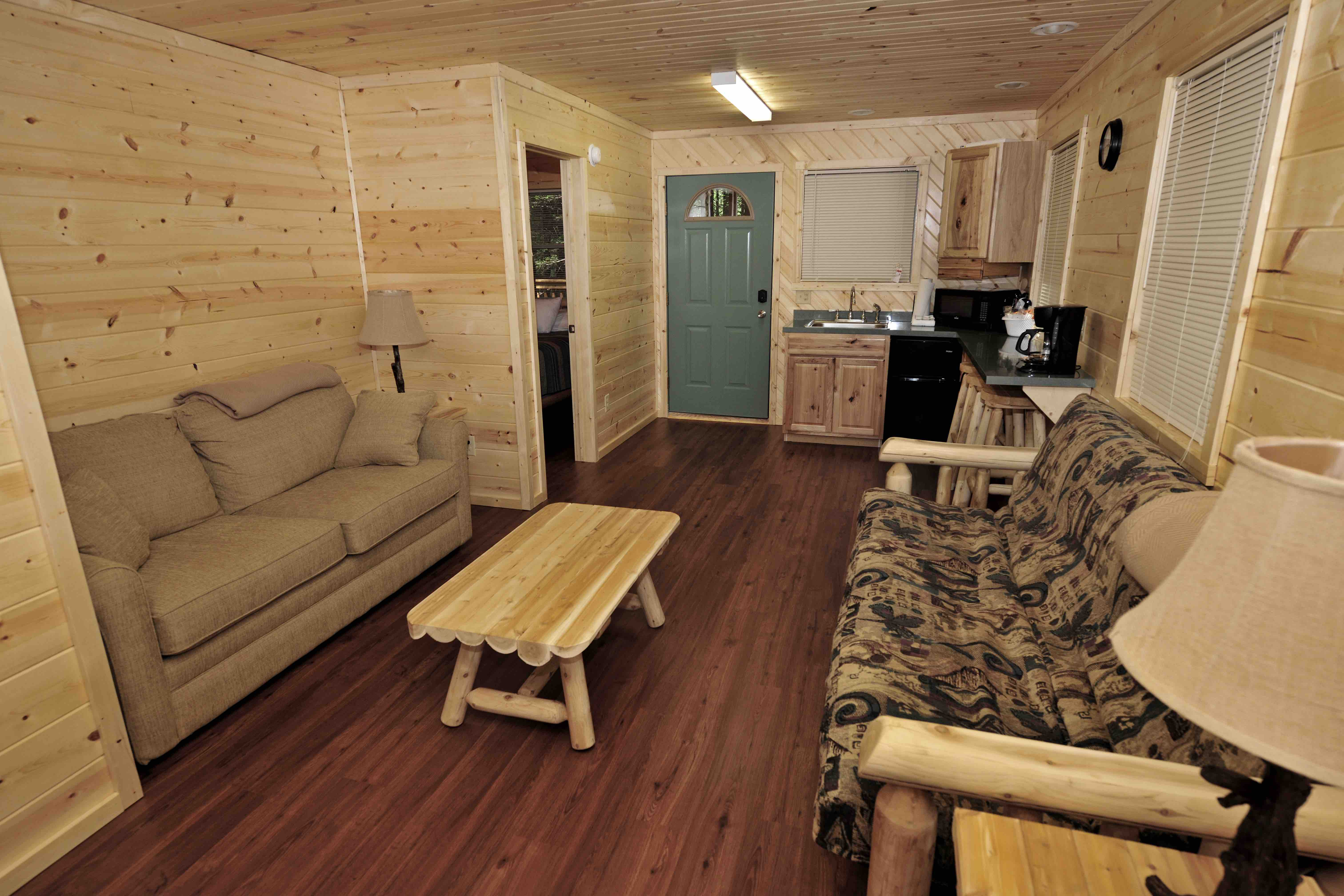 rent deals log in luxury tub lodging california hot bear wv for with lake sale cabins big lakefront