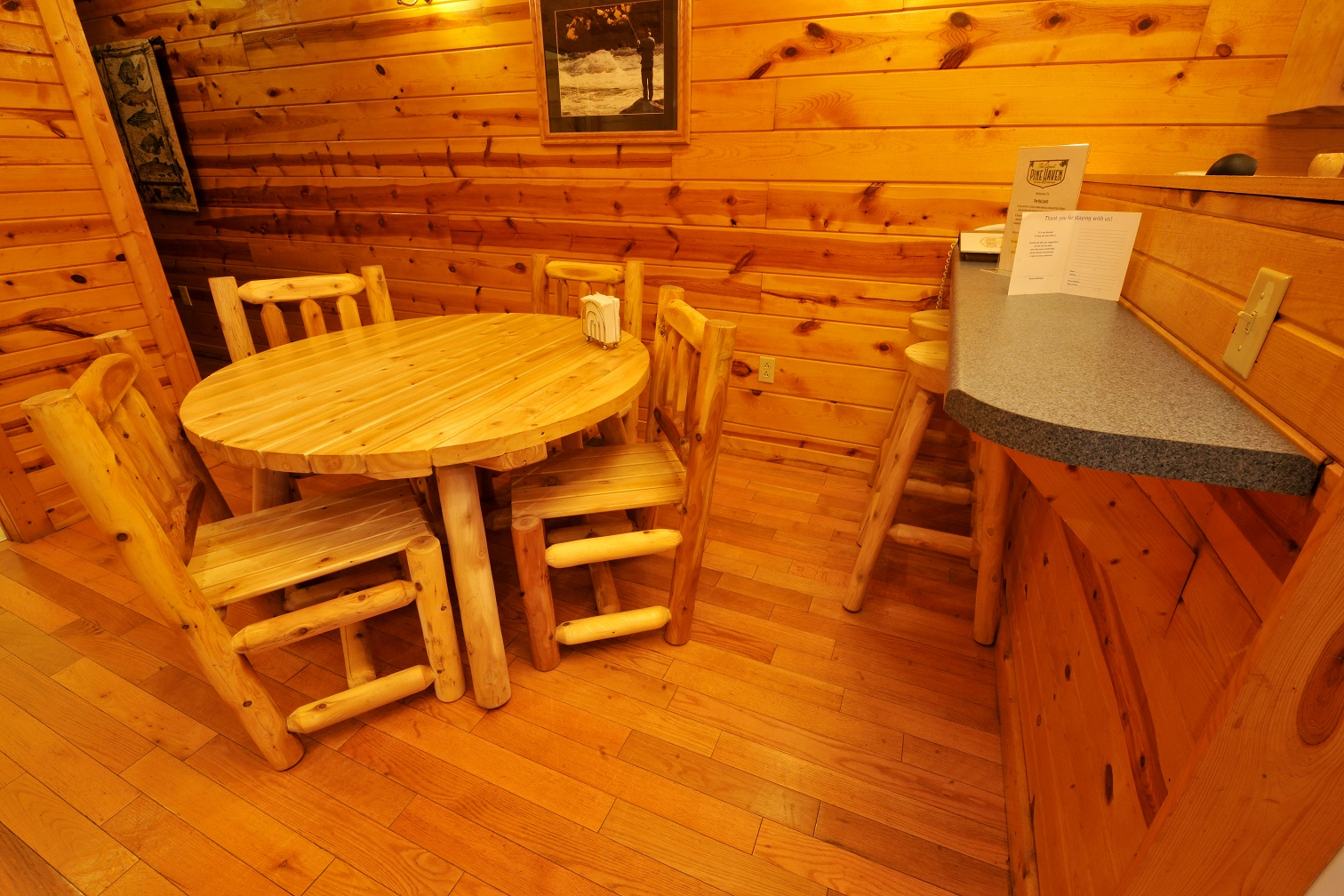 Big Catch - 1BR - The Cabins at Pine Haven
